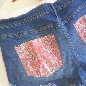 Hollister distressed Jean short Bandana Pockets 32